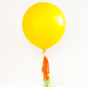 Большой желтый воздушный шар. Компания onballoon.ru