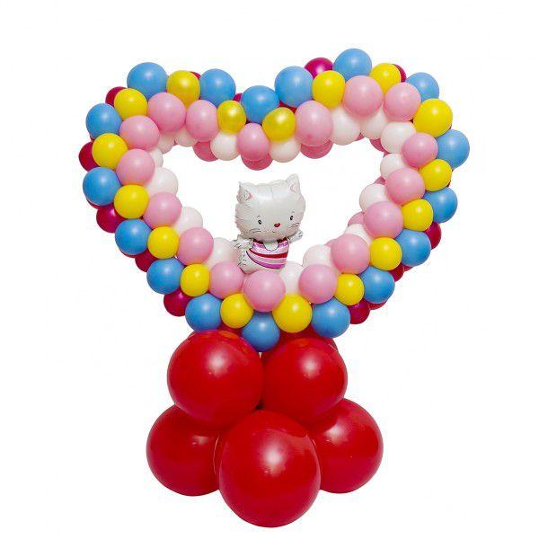 Сердце плетеное из шаров «Влюбленная Китти»
