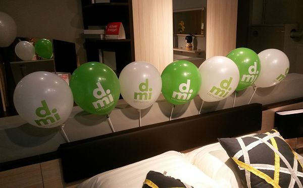 Воздушные шары с логотипом на открытие магазина